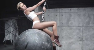 Miley Cyrus – Wrecking Ball (Nicolas Cage Edition)